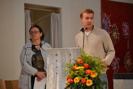 """Klemens stellt Susanne Peter von der """"Gruft"""" vor"""
